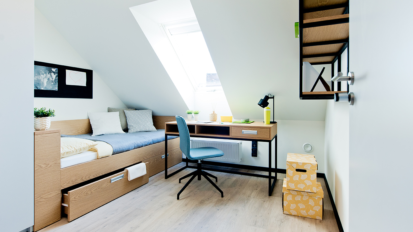 YOUNIQ-gdanks-small-room_2-beds_4