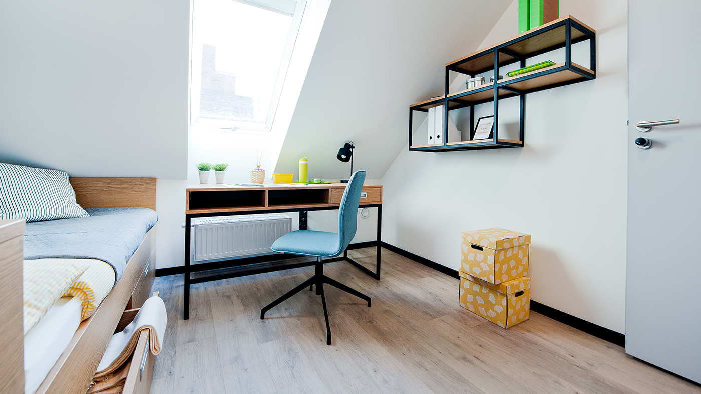 YOUNIQ-gdanks-small-room_2-beds